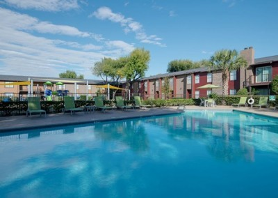 The Wilcox Apartments: Swimming Pool