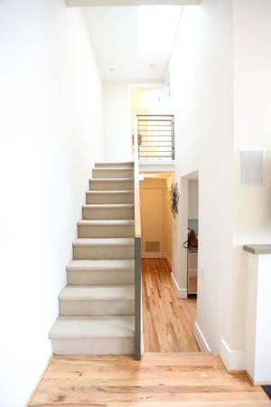 Sophisticated H Street 2 Bedroom | Stairway