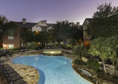 Camden Park Apartments: Pool