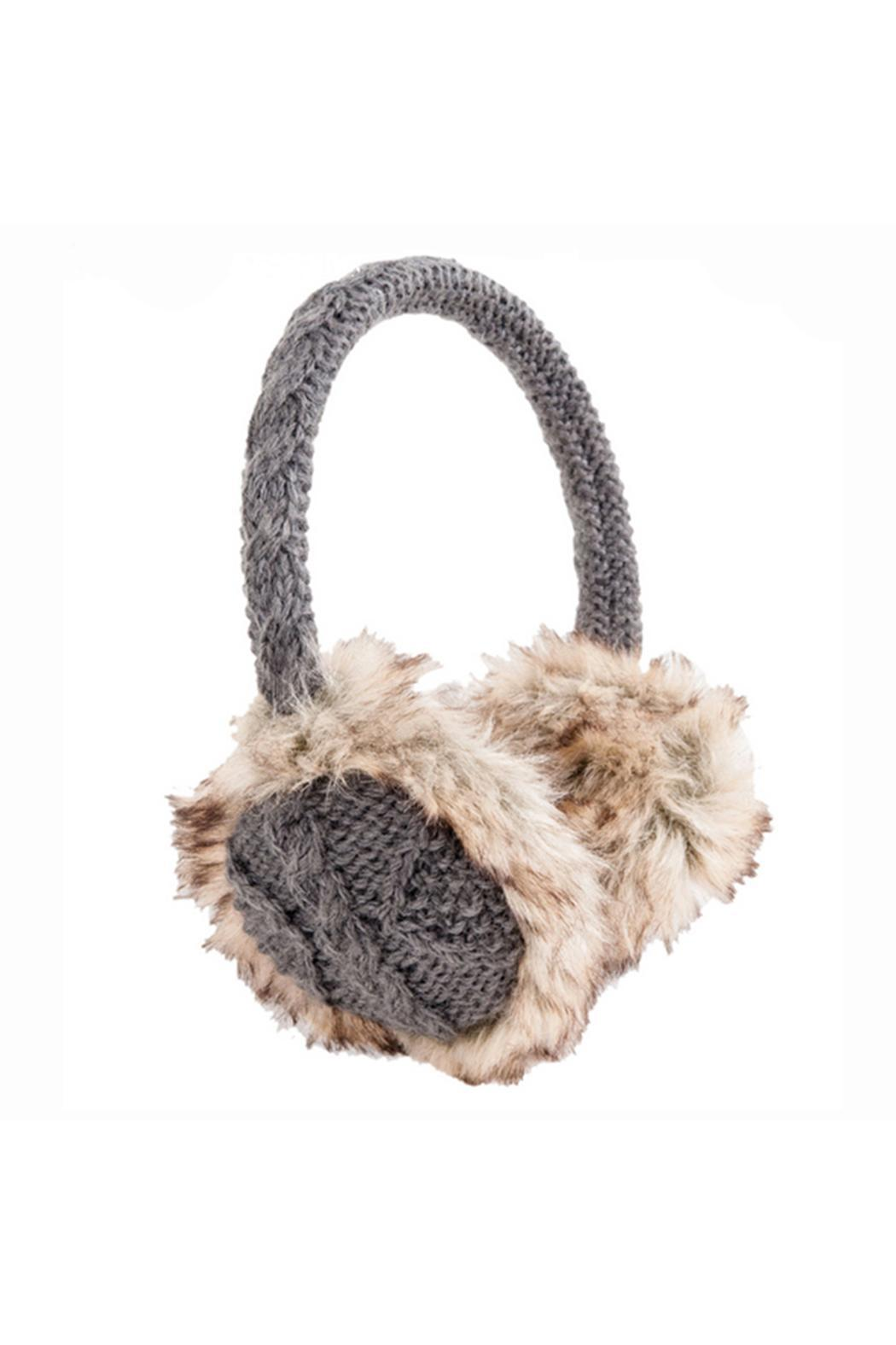 Apartminty Fresh Picks: Warm and Fuzzy | Cable Knit Earmuffs