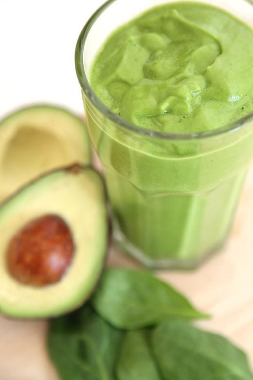 Snickerdoodle Green Smoothie | Delicious Detox