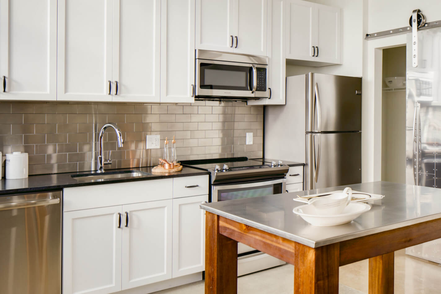 Merveilleux Best Apartment Kitchens In DC | Hecht Warehouse Apartments In Ivy City |  Washington DC Apartments