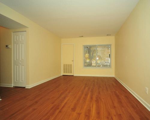 washington-apartments-washington-dc-living-room