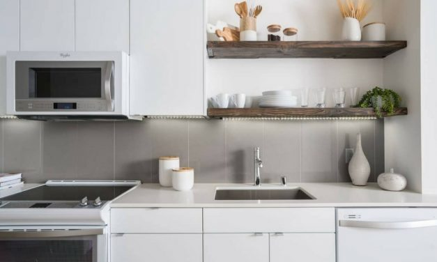 Apartment Kitchens We're Crushing On Right Now