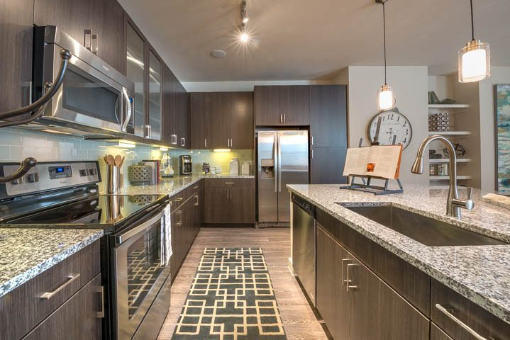 modera-energy-corridor-apartments-houston-texas-kitchen