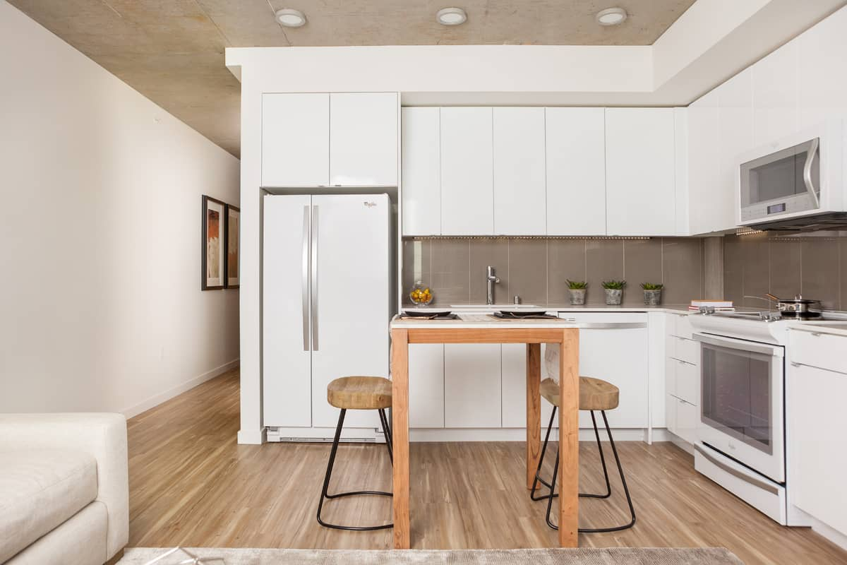 apartment kitchens we u0027re crushing on right now apartminty