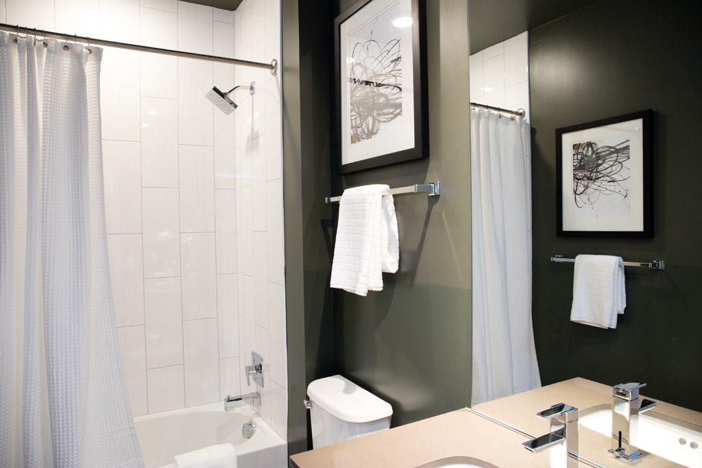 the-shay-apartments-shaw-neighborhood-washington-dc-bathroom