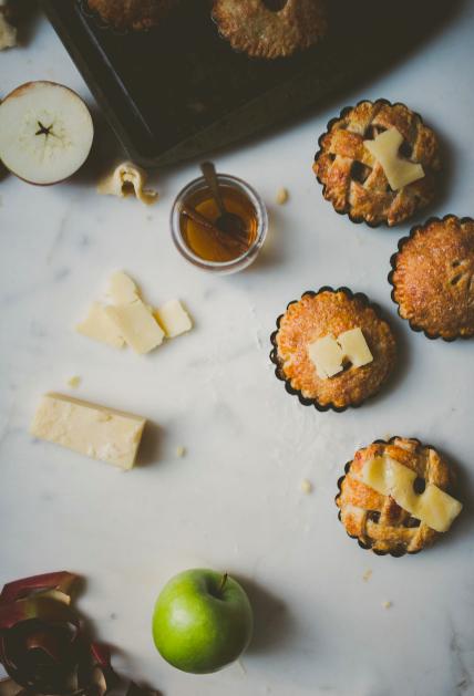 Superbowl Recipes 2017 | Classic New England Recipes | Mini Apple Cheddar Pies