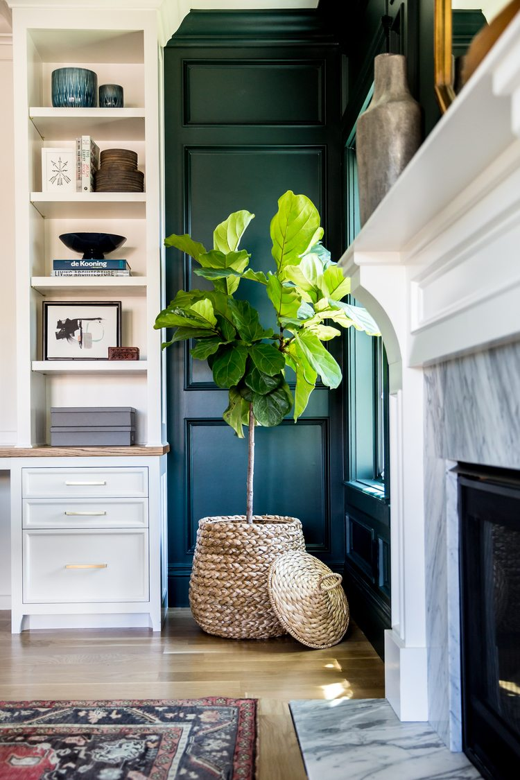 decorating your apartment with pantone's 2017 color of the year