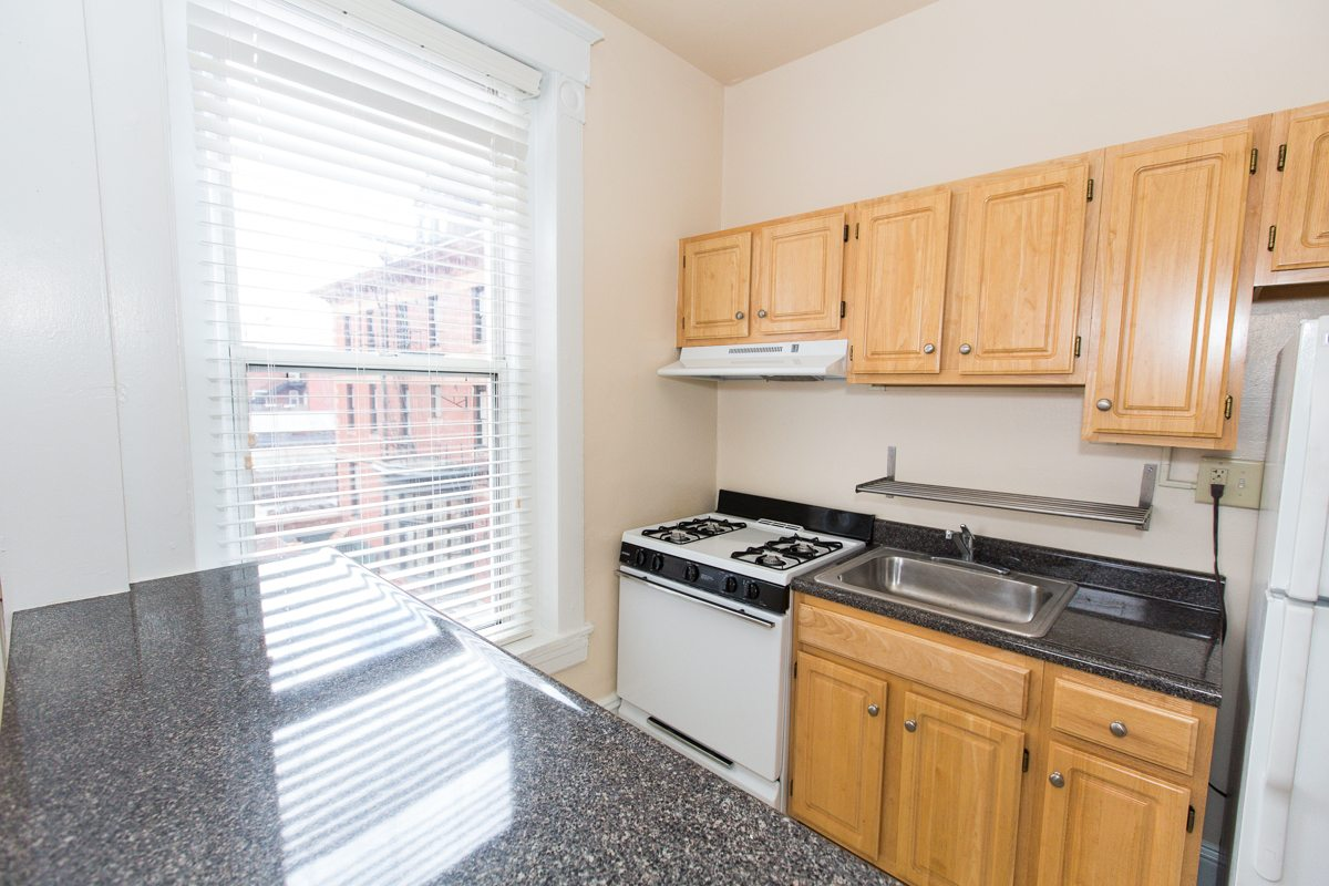 dupont-circle-apartments-kitchen-washington-dc (2)