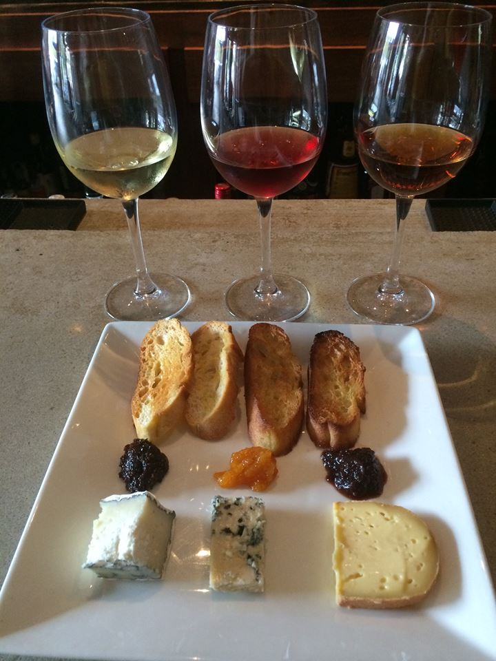 cozy-dc-restaurant-sonoma-restaurant-and-wine-bar-fireplace-cheese-plate