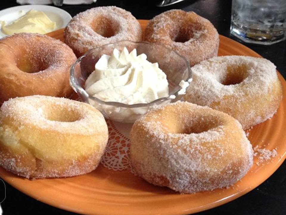 cozy-restaurants-dc-restaurants-with-fireplaces-tabard-inn-donuts
