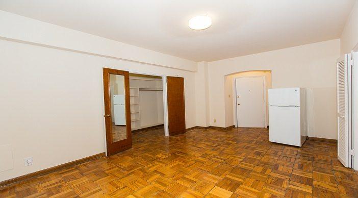 baystate-apartments-livingroom-dupont-circle-apartments