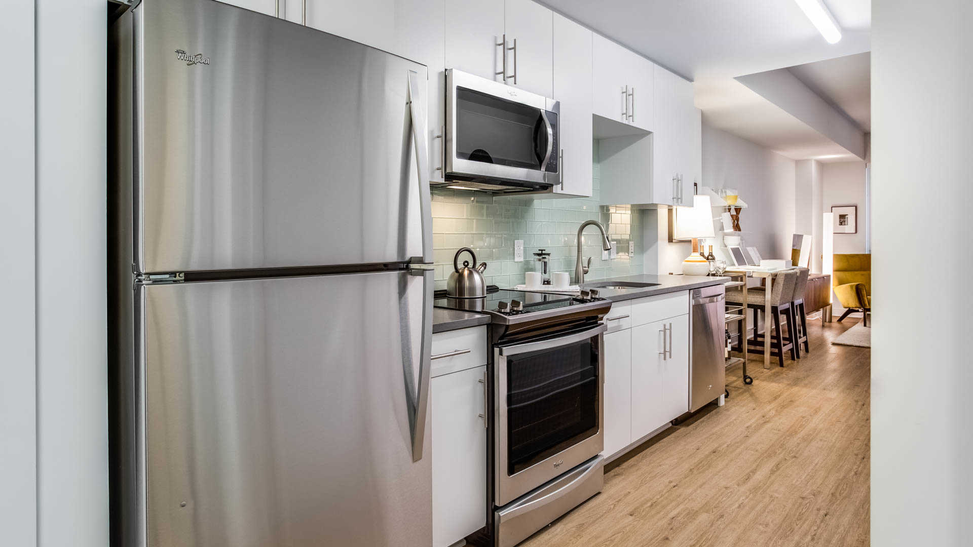 455-eye-street-new-dc-apartments-mount-vernon-triangle-studio-kitchen