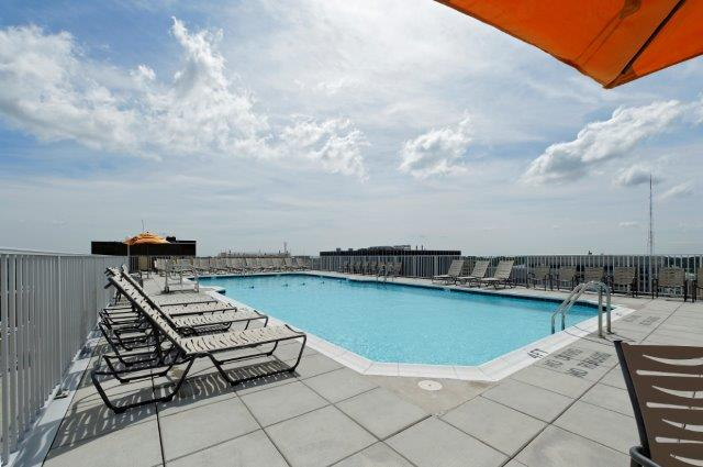 highland-house-West-Apartment-Community-pool