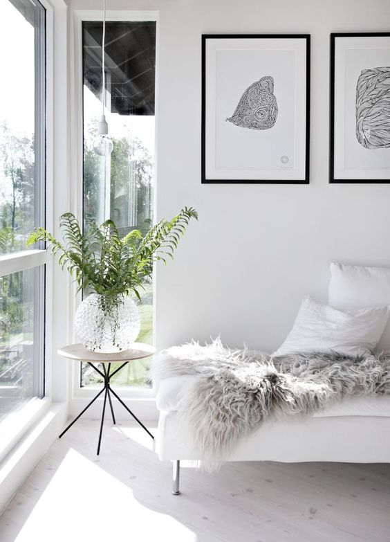 5 Things Minimalist Apartments Make Room For | Live Plants