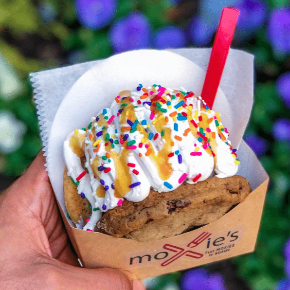 DC's Most Instagrammable Desserts | Moxie's DC | Ice Cream Sandwiches
