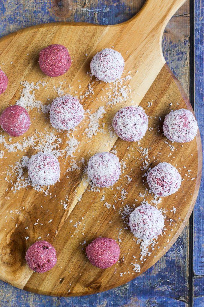 Holiday Detox Recipes | Raspberry Coconut Breakfast Balls