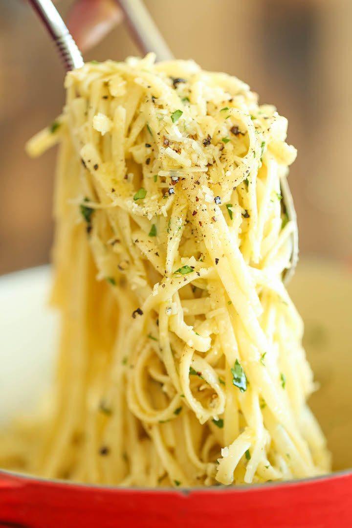 Easy Dinner Ideas | Parmesan Garlic Spaghetti