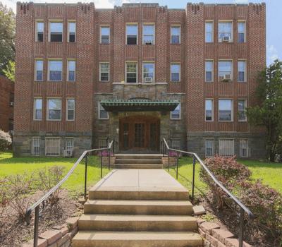 Rent-control-apartments-DC-fort-Stevens-Apartments