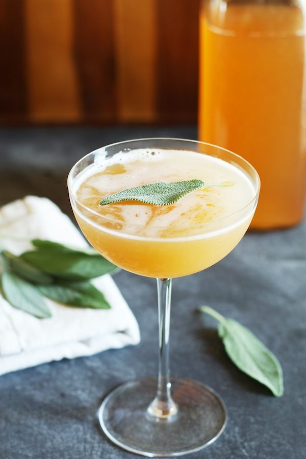 Mocktails Are The New Cocktails | Non-Alcoholic Drink Ideas | Peach and Sage Shrub Mocktail