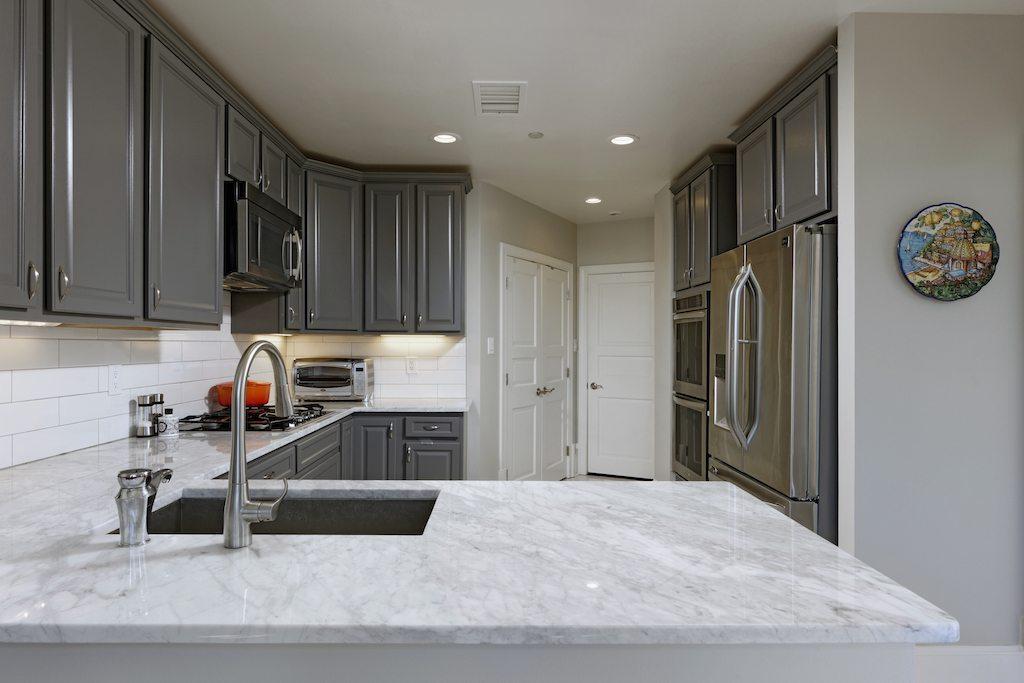 2401 Gray kitchen
