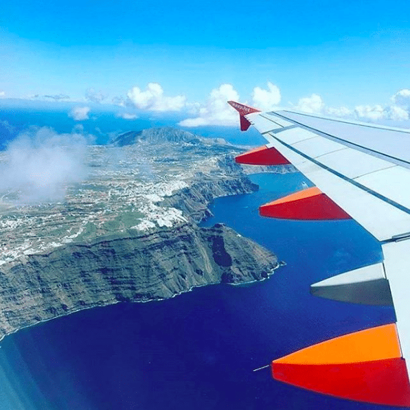 The Instagrammers Guide To Santorini, Greece   Photo-Ops in Santorini, Greece   Airplane views