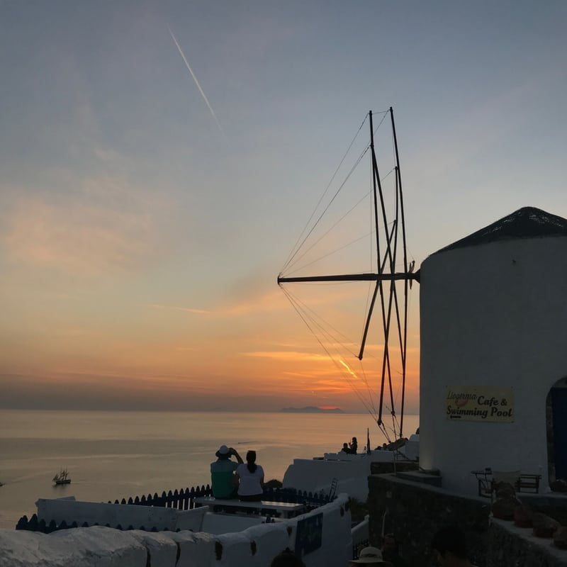 Travel Guide to Santorini, Greece | Photo-Ops in Santorini | Wanderlust