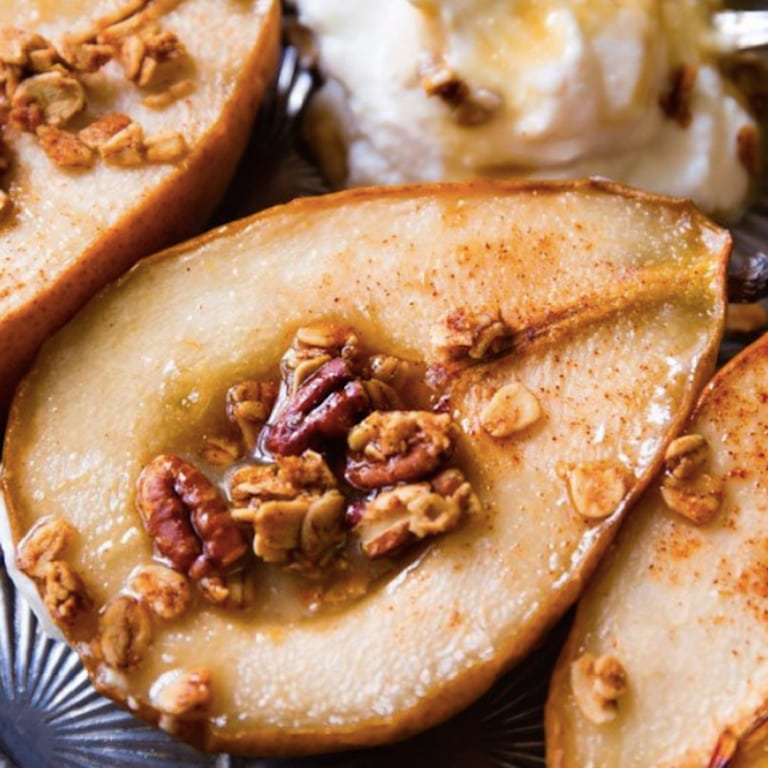 maple-vanilla-baked-pears-best-fall-dessert-recipes