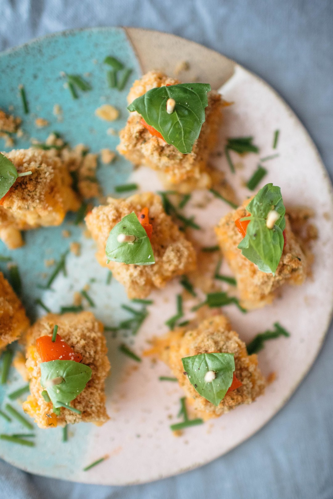 mac and cheese bites holiday appetizer | easy make ahead appetizers | Holiday recipes