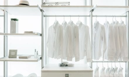 5 Steps to Decluttering Your Closet