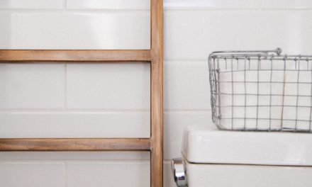 7 Expert DIY Tips for Redesigning Your Apartment Bathroom
